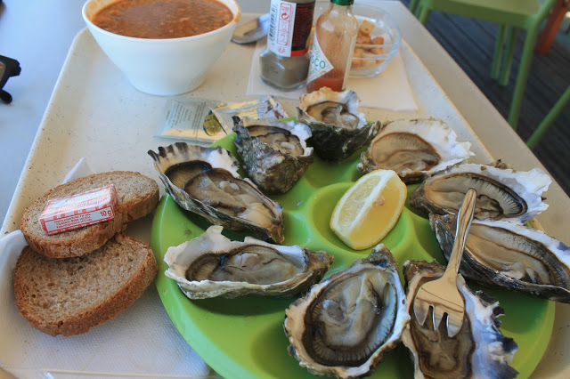Best place to get oysters St Malo France