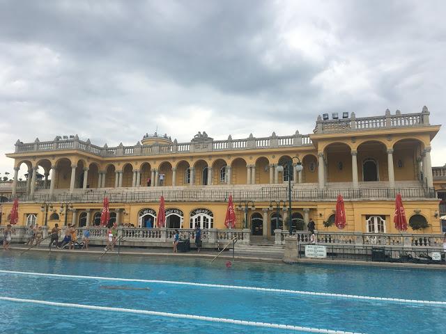Szechenyi baths relaxing spa budapest hungary