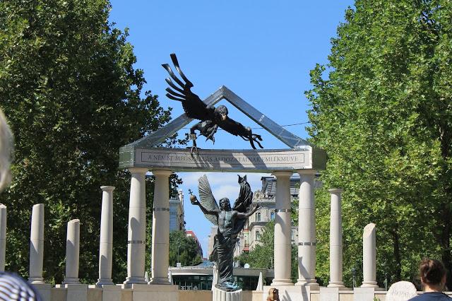 World War Memorial Budapest Hungary, tourist attraction